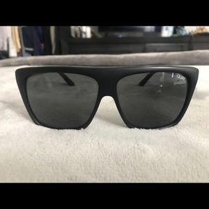 Quay OTL II Black sunglasses